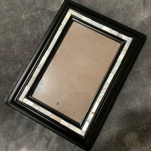 Black white photo picture frame